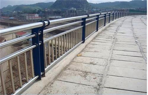 通辽304不锈钢复合管桥梁护栏欢迎选购