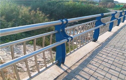 兴安桥梁防撞立柱品质保障