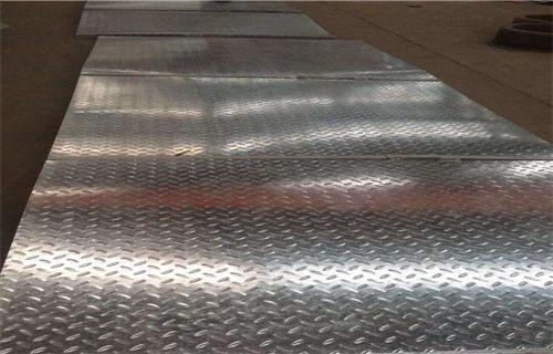 江苏热镀锌2.0*1000钢板随时发货快