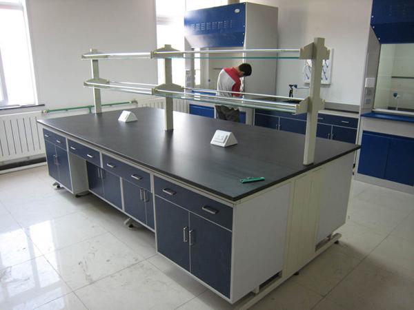 西宁实验台厂家大品牌,西宁实验室净化洁净