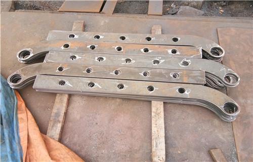 武平橋梁專用不銹鋼護欄立柱包安裝