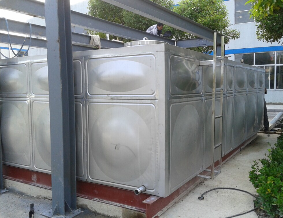 宿州不銹鋼水箱 圓形保溫水箱價格哪家好