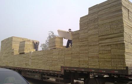 抚顺市防水型钢丝网岩棉板价格隔热阻燃厂家推荐